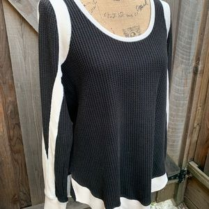 Free people black white thermal L top